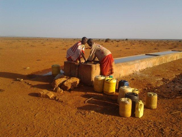 Plein d'eau à Nchakita